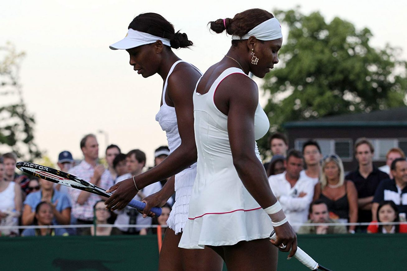 Venus and Serena - the famous Williams sisters on a tennis court together
