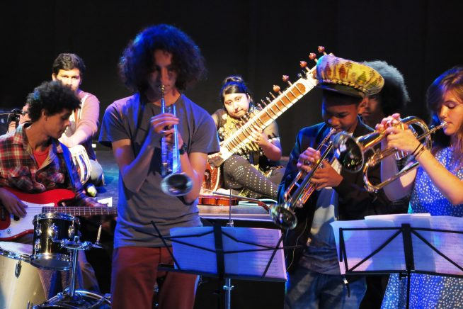 Sitting in with the Grand Union Orchestra – the Alternative Summer School